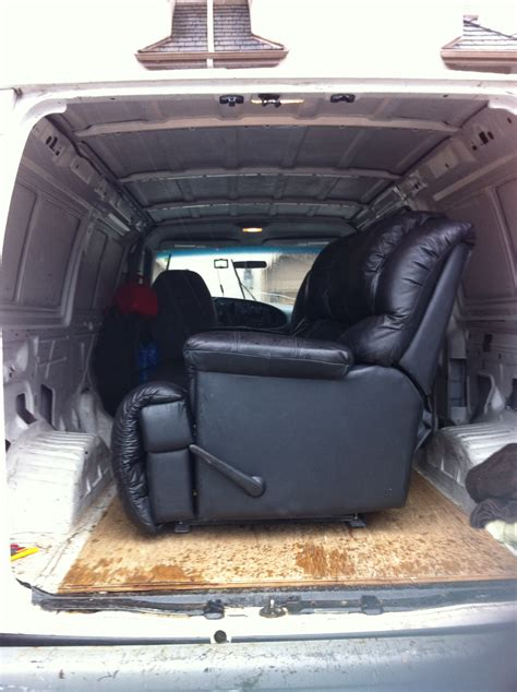 Sofa Transport by Cargo Service Small Move Furniture Delivery