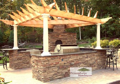 pizza oven outdoor kitchen custom built outdoor kitchens 2008 u shape w pizza oven
