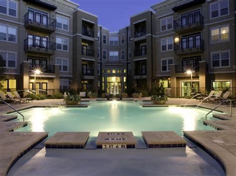 Apartments In Las Colinas Tx With Garage Lincoln Las Colinas Apartment Building View Lascolinas