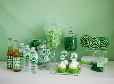 fabulous ways home d 233 cor celebrates st patrick s day