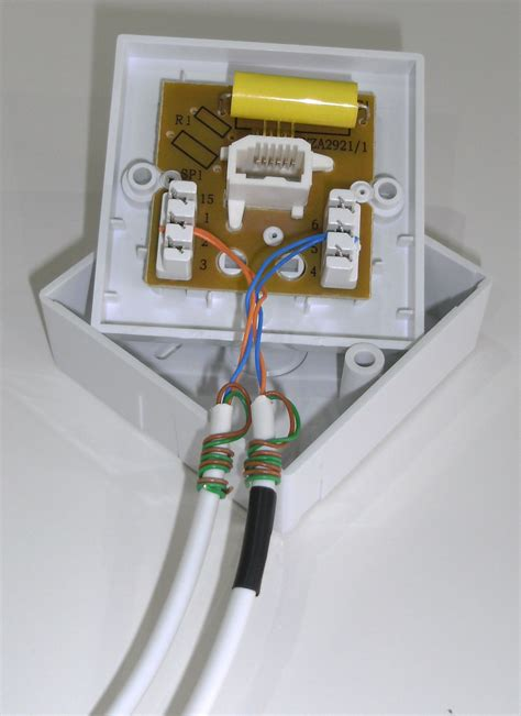 bt socket wiring for broadband telephone master socket
