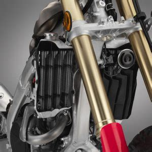 2019 honda crf450l first look | 7 fast facts and photos