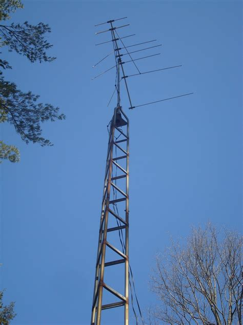 tv communications tower antenna removal in ontario