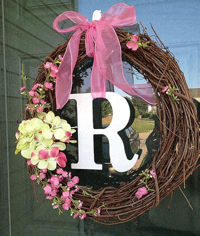 beautiful spring wreaths love pasta   tool belt