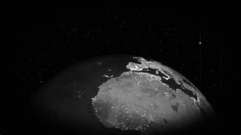 imagenes blanco y negro de la tierra planeta tierra girando en blanco y negro youtube
