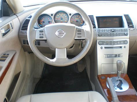 Nissan Maxima 2004 Interior by 2004 Nissan Maxima Pictures Cargurus
