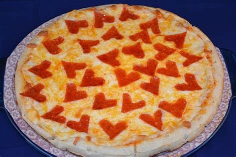valentines pizza shaped pepperoni pizza mrs happy homemaker