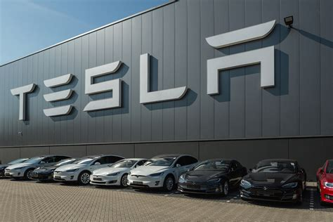 Tesla Purchase Tesla S Solar Roof Is Equipped For Purchase Markets Morning
