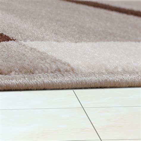 Teppich Wohnzimmer Braun by Wohnzimmer Teppich Modern Braun Beige Creme Retro Muster