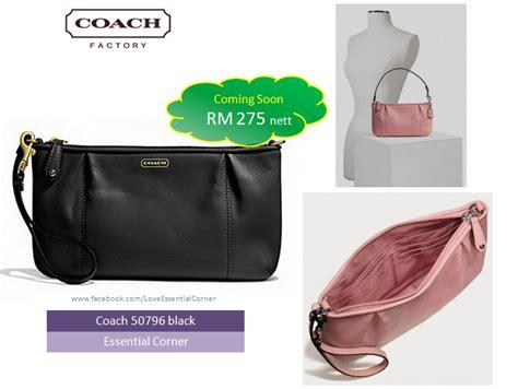 Coach Corner Zip Wristlet Wallet Large Preloved Category Coach 50796 Essential Corner