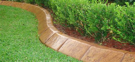 install an outdoor edging groomed home