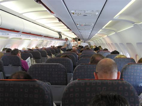 Easy Jet Cabin by File Airbus A319 Easyjet Cabin Arp Jpg Wikimedia Commons