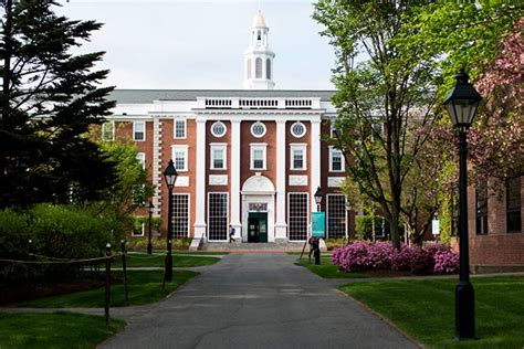Harvard Mba Ranking by 100 Best Mba Schools In The World Rediff Get Ahead