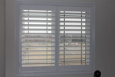 Bow Bay Window hidden tilt rod pc shutters in canada