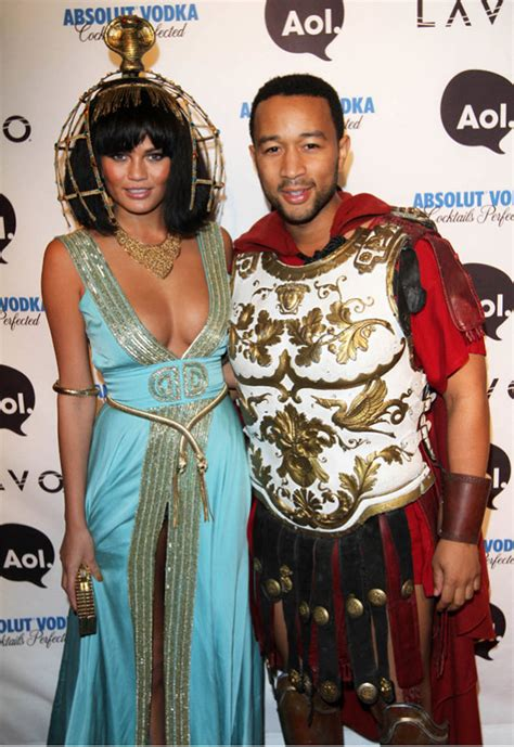 epic ideas  matching couple halloween costumes