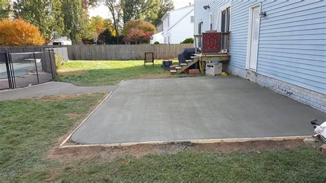 Backyard Concrete Slab Ideas Concrete Patio Broom Finish Design Ideas Pictures