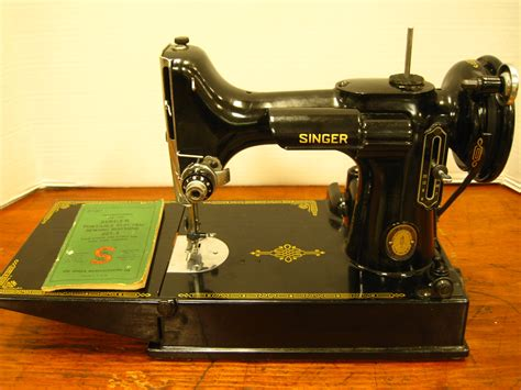 vintage singer featherweight 221 sewing machine sews antique sewing machines