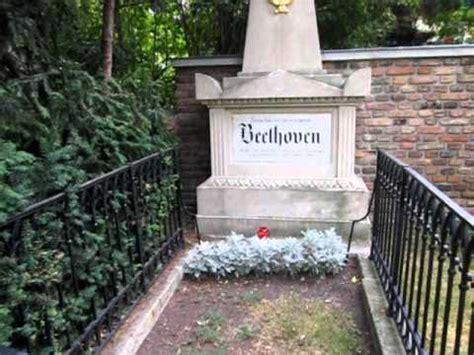 beethoven's first resting place in schubert park youtube