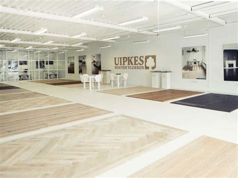 modern interieur met houten vloer woonkamer vloer modern