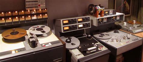 why vinyl sounds better vinylgourmet the for vinyl in the digital