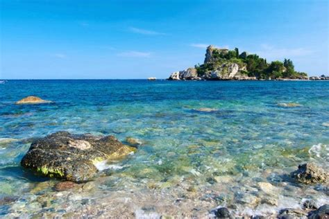 vacanze sicilia vacanze in sicilia le spiagge di messina typical sicily