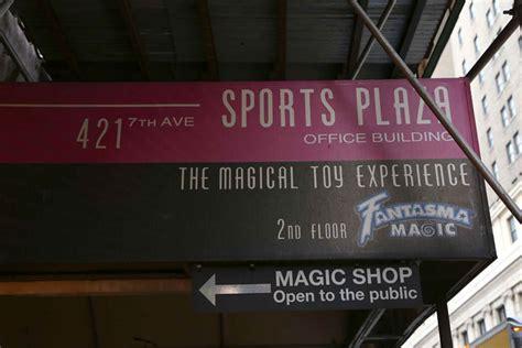 10 west 33rd new york ny 3rd floor fantasma magic manhattan sideways