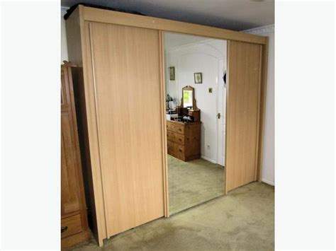quality sliding door wardrobe with mirror for
