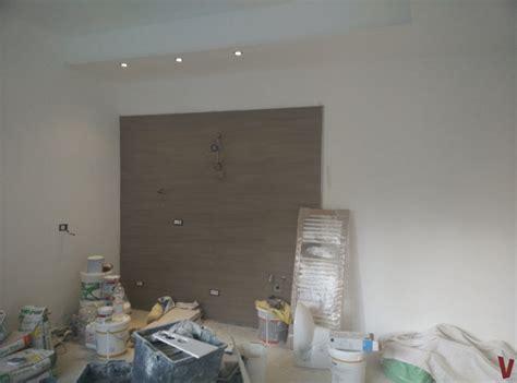posa piastrelle parete beautiful piastrelle cucina photos ideas design