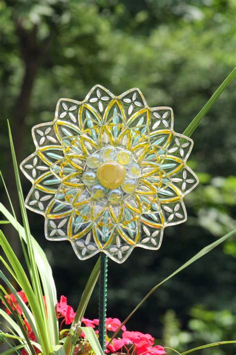 Garden Plate Flower And Yard Recycled Glass Sun Catcher Sold Flower Plate Garden
