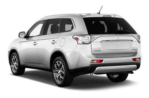 mitsubishi suv 2015 2015 mitsubishi outlander reviews and rating motor trend