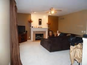 Paint colors for living room with accent wall