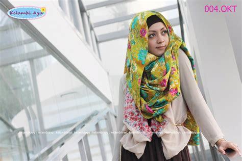 Kerudung Kerudung Terbaru Modern Wanita Cantik Pasmina Stiker By Azzur 2 scarf green flower jilbab cantik style kerudung modern baju muslim