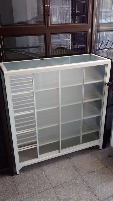 Lemari Kaca Untuk Tas harga lemari kaca minimalis untuk tas penjualan etalase