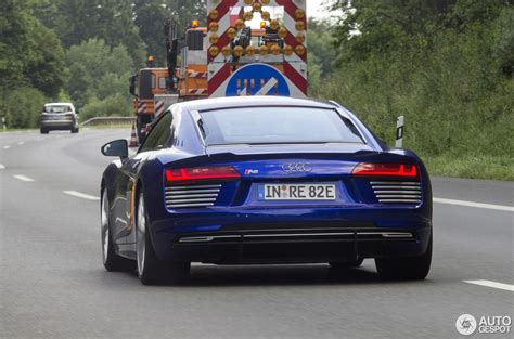 Audi R8 E Tron Preis by Audi R8 E Tron 2016 18 Juli 2016 Autogespot