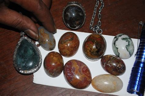 batu akik rendang padang batu akik bermotif terumbu karang dari padang pariaman