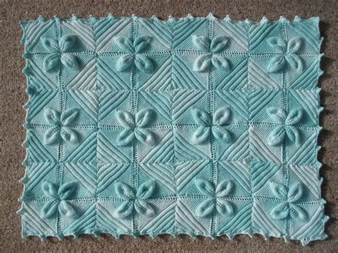 leaf pattern square leaf pattern knitted squares needlework inspiration