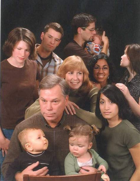 Strange Family Photo by 18 Family Photos That Will Make You Feel Awkwardly