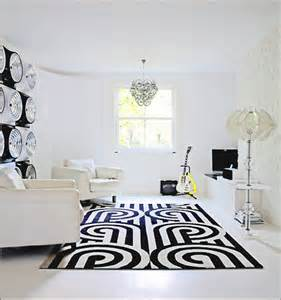 Modern Black And White Rug Black And White Rug In Modern White Room All About Rugs