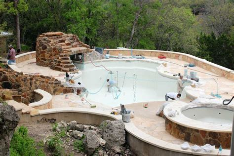 construction cyrstal springs custom pools