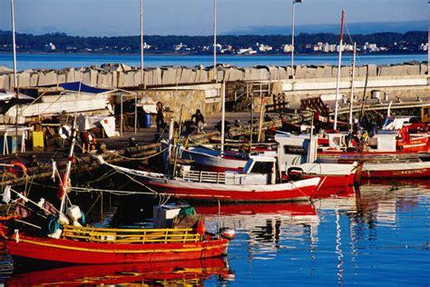 fishing boat for rent in bahrain punta del este lonely planet