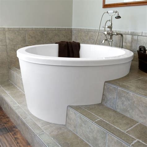 bathtubs for two create a romantic scenery by enjoying bath session on
