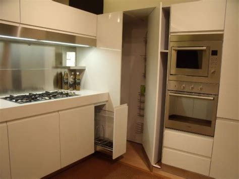 cucina con angolo dispensa best dispensa ad angolo per cucina gallery skilifts us