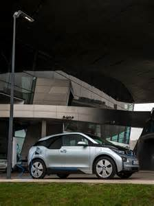 Electric Vehicles Future Charging Future Mobility Solutions Light And Charge