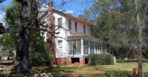 the comforts of home flannery o connor andalusia is the historic farm home of flannery o connor