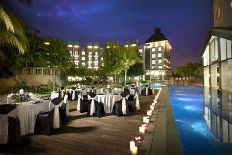 Indoor Rock Garden - five star outdoor courtyard wedding venues singaporebrides
