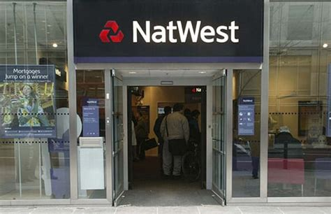 www natwest bank fury as natwest bank glitch drags on telegraph