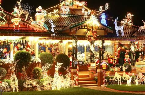 Christmas Lights In The Hills Hills District Mums Lights Quakers Hill