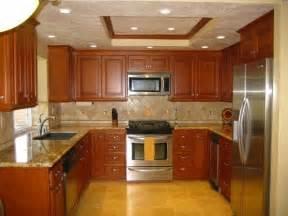 Cherry Kitchen Cabinets With Granite Countertops U Shaped Kitchen Cabinets Afreakatheart