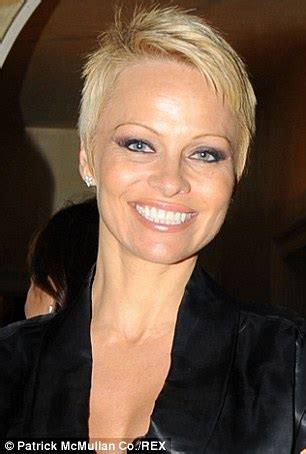 pamela anderson loses pixie cut pamela anderson wears extensions pixie haircut trendsetters jennifer lawrence and pamela