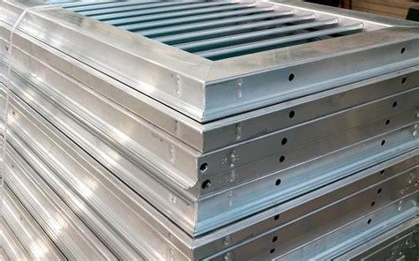 aluminium jalousien 3285 aluminium jalousien aluminium jalousien beistelltisch